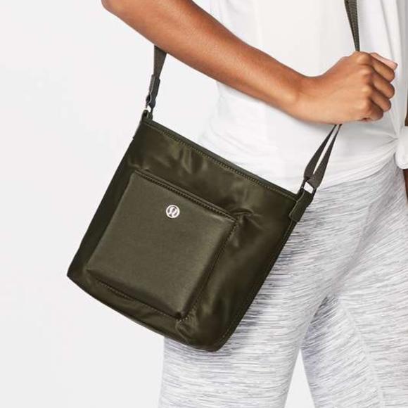 b28ad4fc lululemon athletica Bags | Lululemon All Set Mini Bucket Bag | Poshmark
